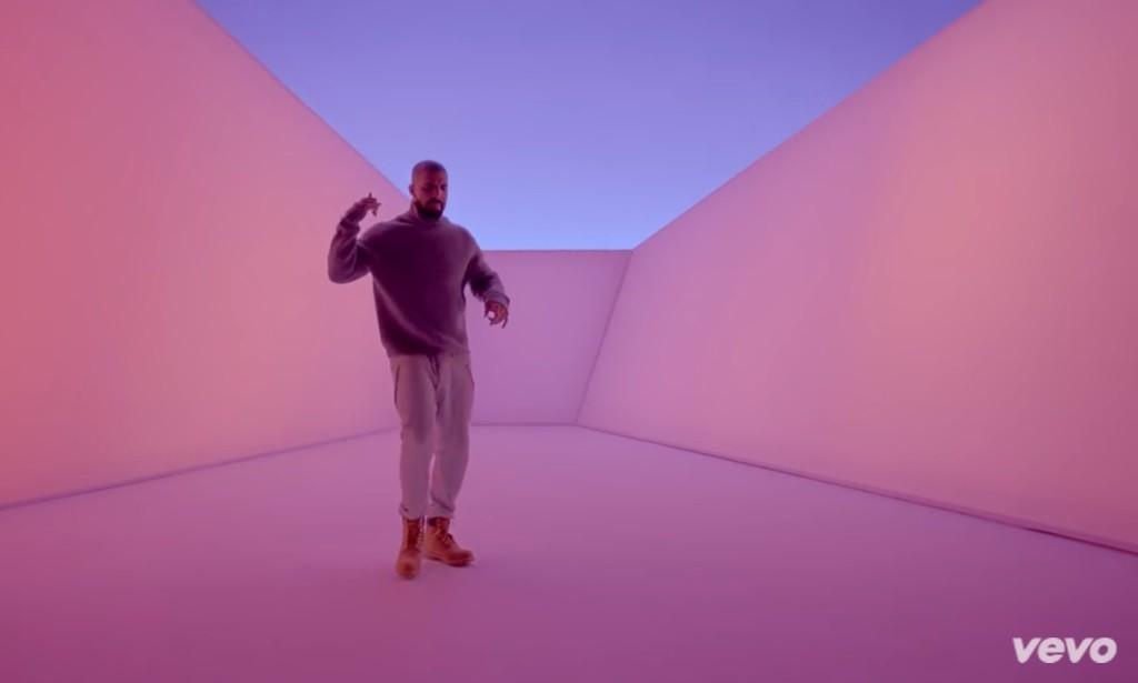 Drake - 1 800 HOTLINE BLING video