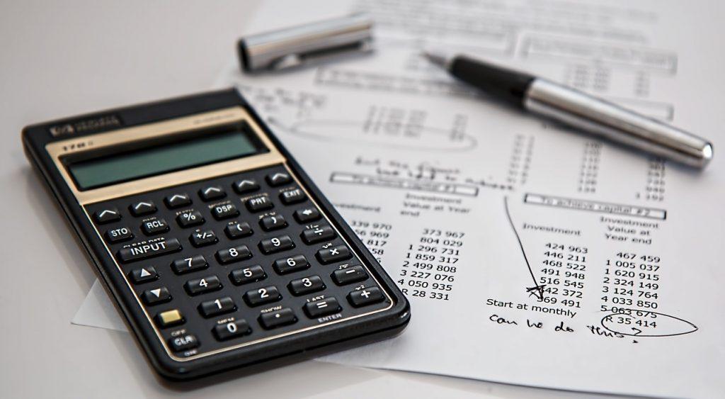 finance budget and calculator